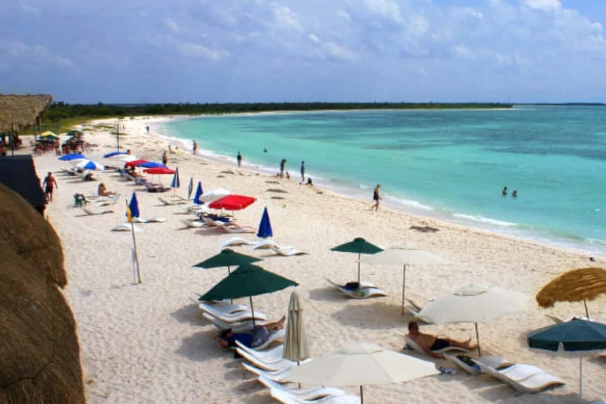 Playas públicas en Cozumel - Playa Hernán